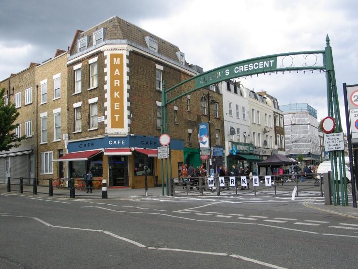 Queens Crescent market